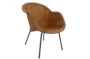 FRN715: Wicker and Iron Armchair