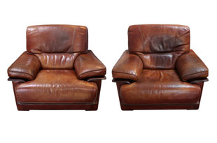FRN813: Pair of Leather Armchairs