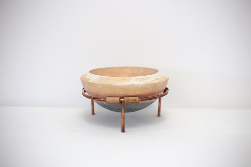 ACC4344: Stone Bowl on Stand
