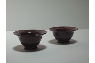 ACC1369: 2 Small Purple and Pink Bowls