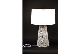 LIT305: White Ceramic Lamp with Linen Shade